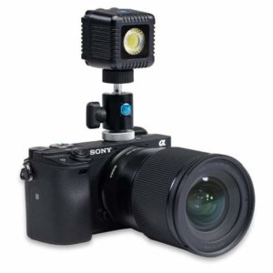 Lume Cube DSLR camera shoe mount